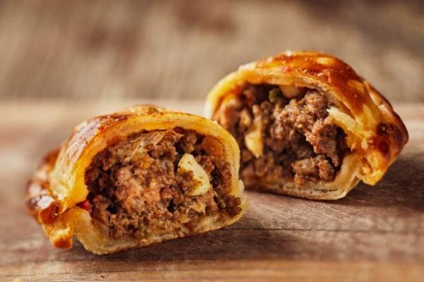 Empanada - CARNE PICANTE / Rindfleisch Pikant